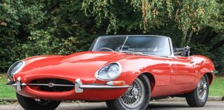 Jaguar-E-Type-1
